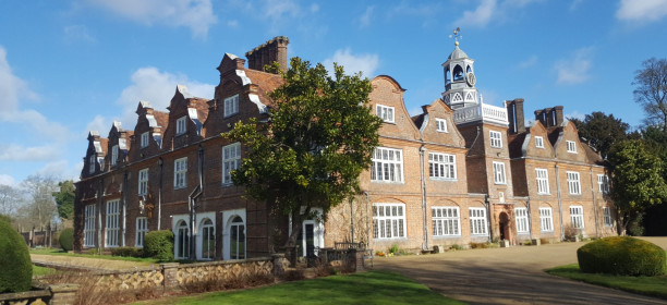 Rothamsted Manor wins Best Sustainable Wedding Venue – Hertfordshire in LUXlife Global Wedding Awards 2021